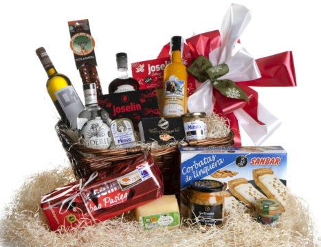 Cestas de navidad con productos de Cantabria
