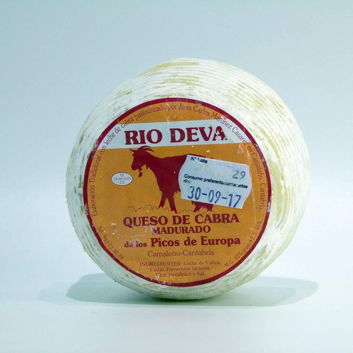 Queso artesano de Cantabria de Cabra madurado Rio Deva