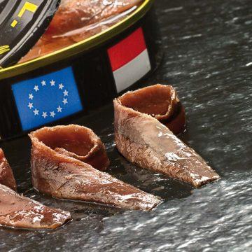 Canapés con anchoas faciles