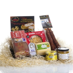 Cesta regalo gourmet Pisueña a domicilio
